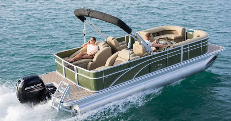 how fast can a pontoon boat go