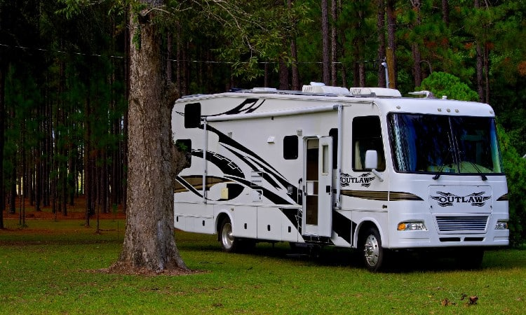 Do RVs have Washers and Dryers