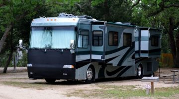Do you need a CDL to Drive an RV with Air Brakes?