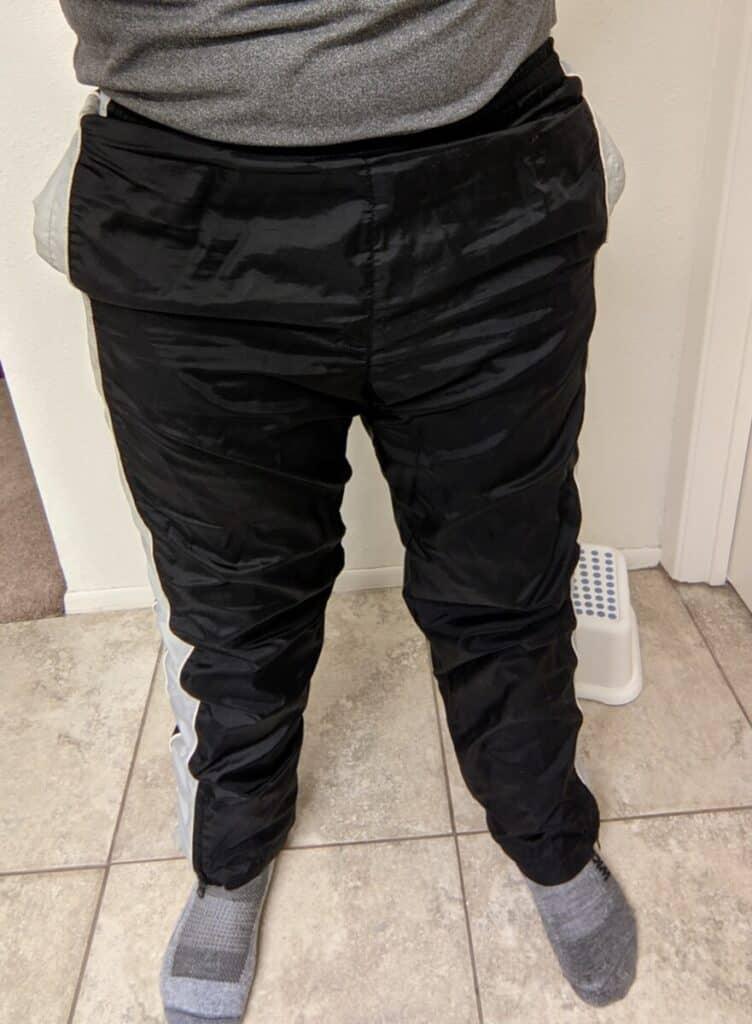 me-wearing-windproof-running-pants