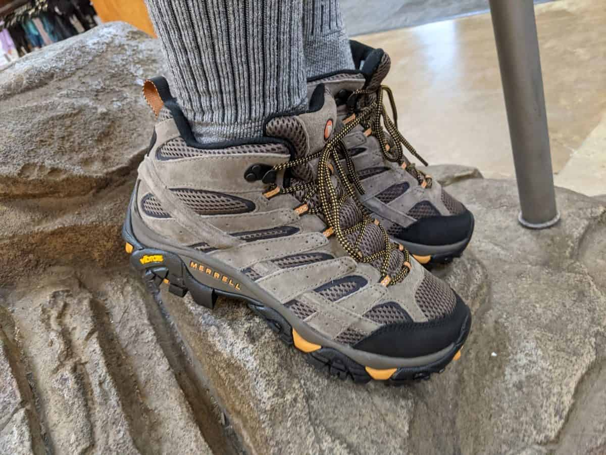 standing-on-shoe-fitting-ramp-with-merrell-moab-shoes