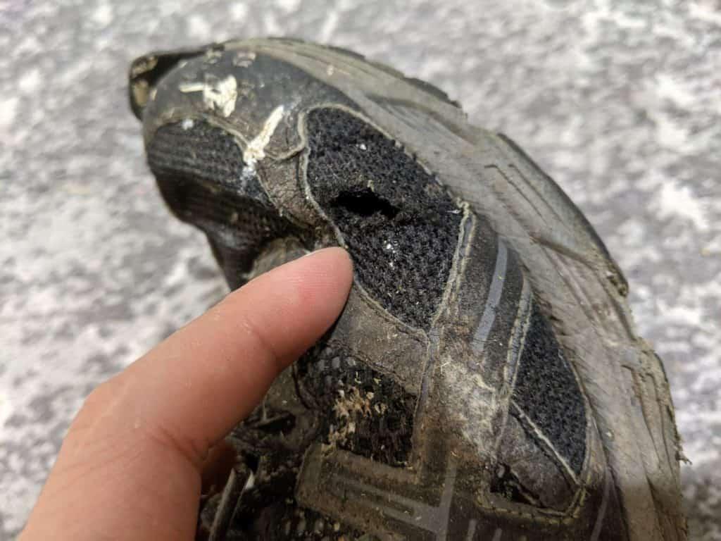 hole-in-shoe